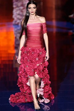 Mariacarla Boscono wearing Haute Couture Spring/ Summer 2003