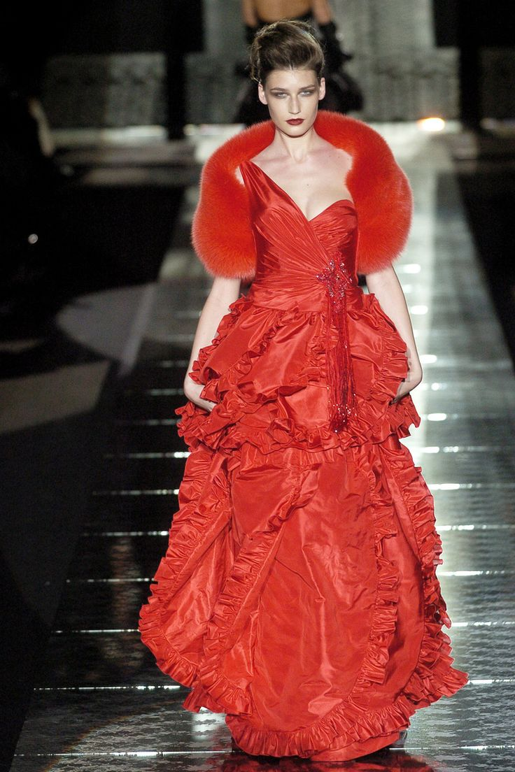Haute Couture Fall/Winter 2004