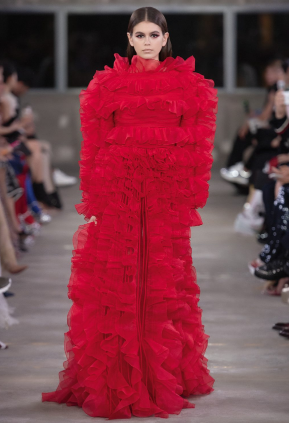 Valentino staged its first-ever fashion show in Tokyo last month, and it was a study in contrasts